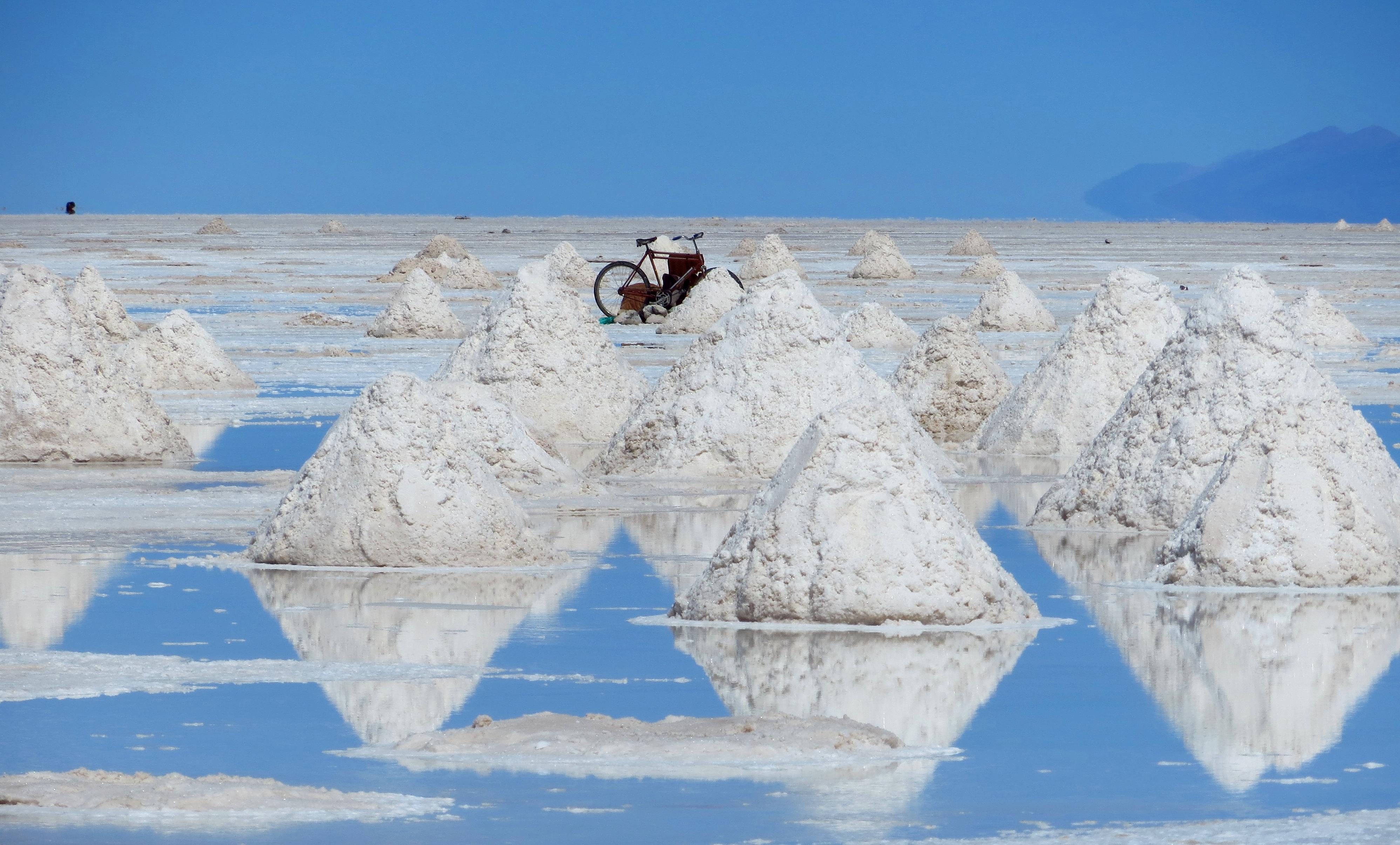 Salar de Uyuni 200 dpi.jpg